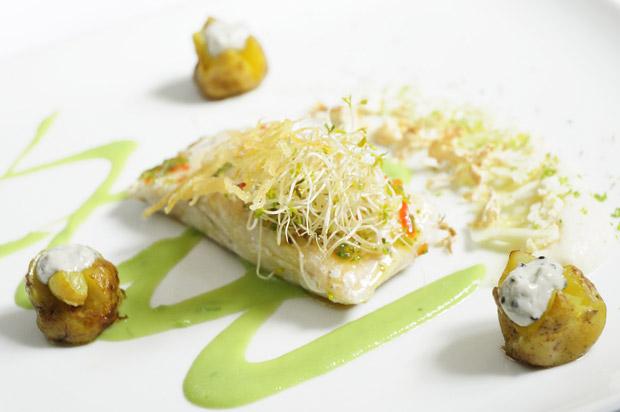 Esturgeon,bonnottes et caviar cream